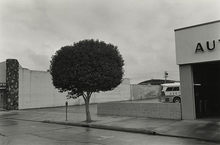 Richard Gordon ,   Untitled  ,  c. 1970     Vintage gelatin silver print ,  6 3/8 x 9 11/16 in. (16.2 x 24.6 cm)     7114